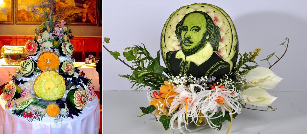 Geschnitzte Dekorationen aus Obst und Gemüse