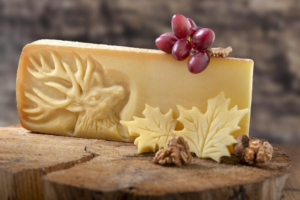 hirsch relief käse