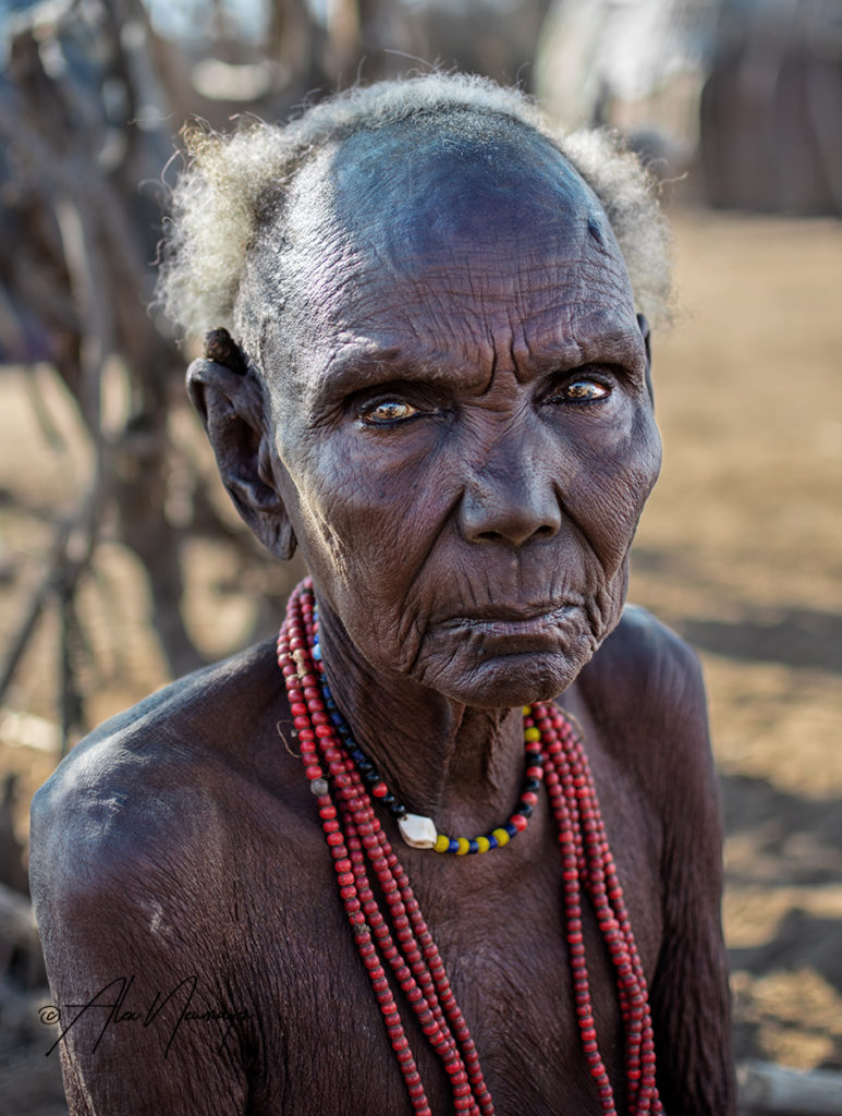elder dassenech womanDSC3793