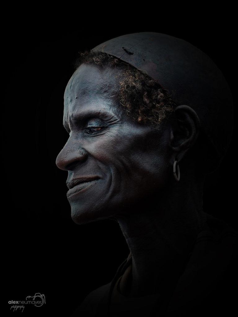 woman key afer profile DSC1387